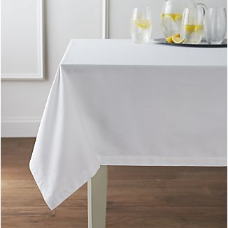 Tradition™ Polyspun Polyester Table Cloths - White